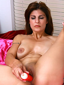 Big Boobs Whore Deeply Nailed by Huge Dildo on Camera