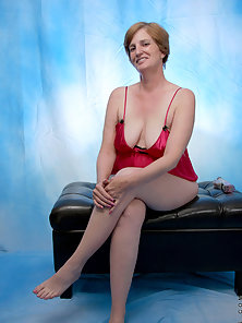 Mature Lady Removing Lingerie to Show Hanging Boobs