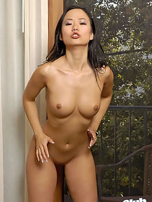 Sweet Teen Removing Clothes and Enjoying Solo Masturbation
