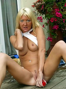 Naughty Blonde MILF with Stimulation Dildoing Wide Snatch