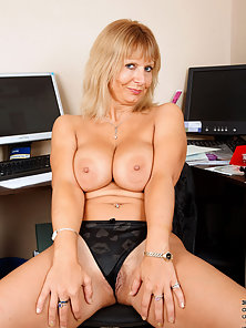 Mature Secretary Removed Dress and Showing Hanging Boobs As Well As Pussy Also