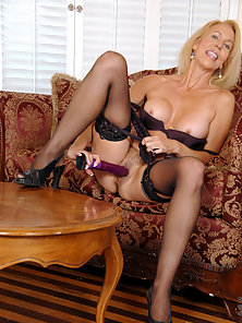 Leggy Blonde MILF in POV Spreading and Toying Hairy Twat