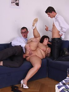 Huge Melon BBW Gets Spitroasted Hammered on Couch