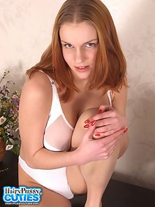 Redhead Beautiful Girl on Webcam Plays With Pink Hairy Snatch