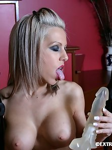 Dazzling Blonde Lady Passionately Rubbing and Banging Muff with Dildo