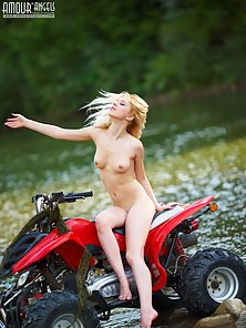 Blonde Girl Shows Her Naked Body in River