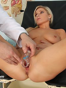 Busty blonde babe has examined her pussy with toys