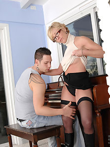 Blonde Shows Her Sexy Figure in Front of Dude