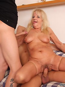 Blonde Grand Mom Gets Spunked on Face after Deep Penetration