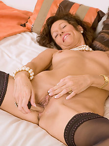 Skinny Mature Deeply Nailed by Huge Dildo