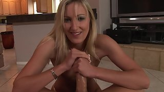 Hot Lady Wants to Jerk Meaty Cock until His Satisfaction