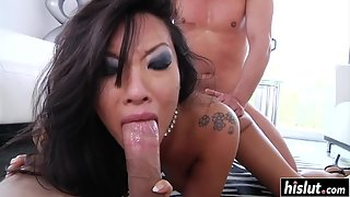 Brunette Babe Showing Nude Figure and Got Fucked by Dude