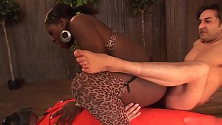 Bubble Ass Ebony Fucked Hard by White Dudes for Longtime