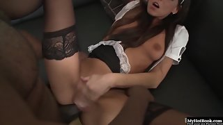 Big Ass Brunette Simony Diamond Riding Big Fat Cock in Anal Fuck