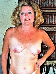 HotStuff5--sexy mature Lady with hot body