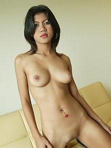Horny Asian busty babe showing her nice body