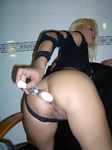 Horny blonde milf adores sticking glass dildo in her juicy muff