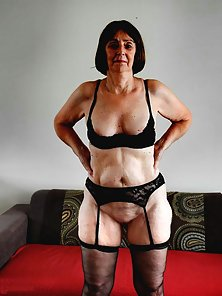 Mature German granny poses in her slutty lingerie