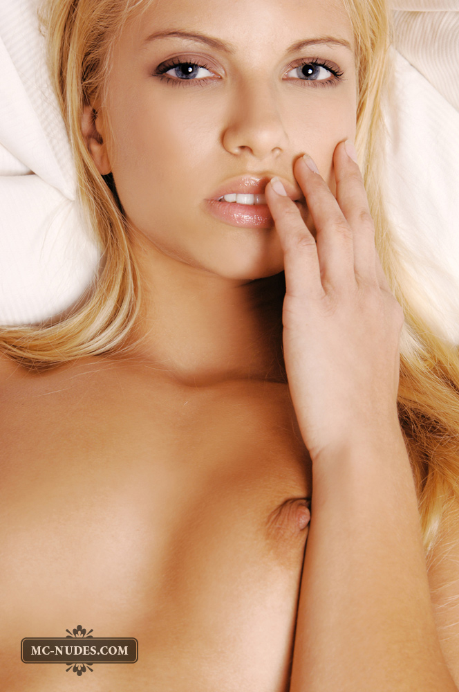 Beautiful Blonde Evi on Bed Exposing Her Nude Body with Huge ...