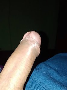 Big dick guy waiting for a milf