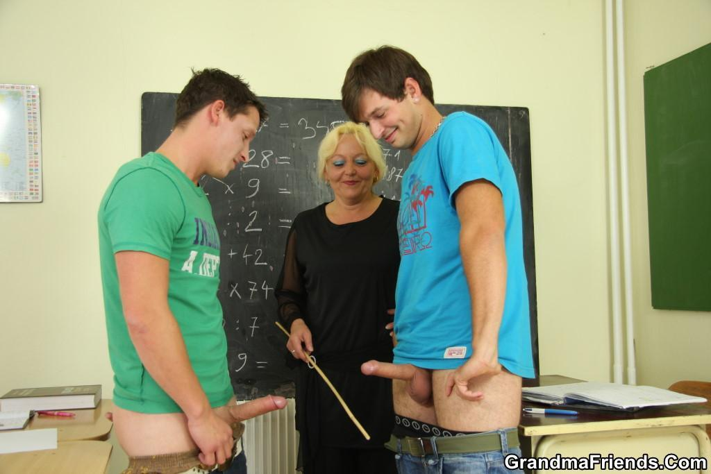 Teacher Wants Students Dick