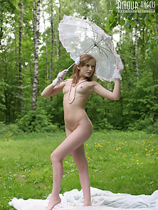 Sexy Naked Girl Exposing Sexual Parts during Photoshoot