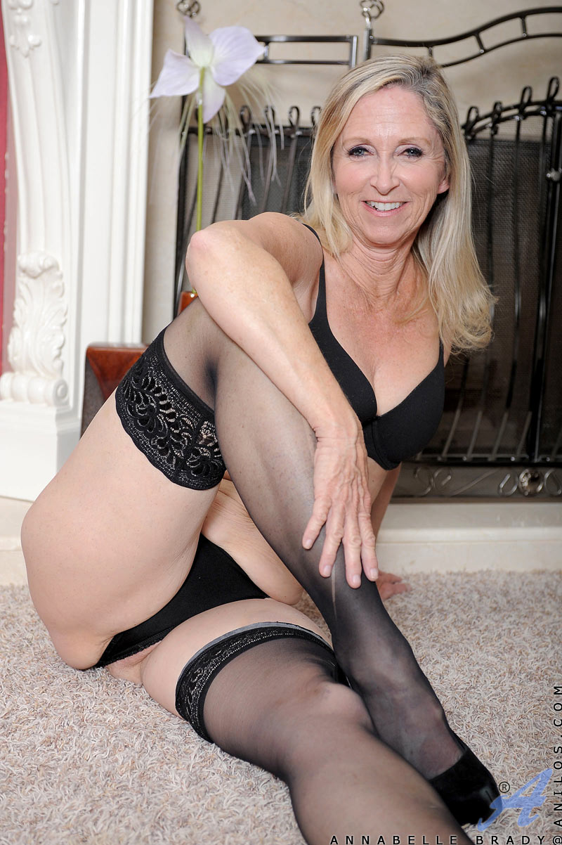 Milf Stockings Suspenders Solo