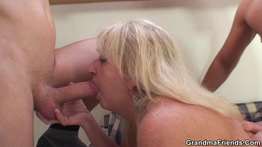 Granny Slut Fucked in Her Dripping Wet Holes by Two Guys