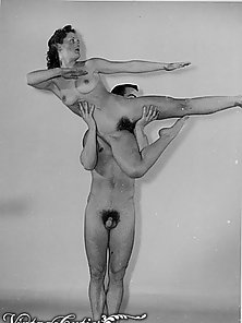 Vintage Snap of Horny Girl Sucking To Big Cock of Man