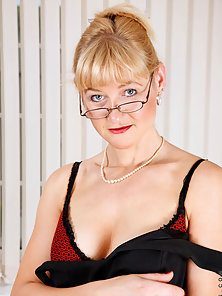 Mature Blonde Stripping Dress and Showing Naked Sexual Parts