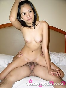 Skinny Filipina loves riding cock in reverse cowgirl