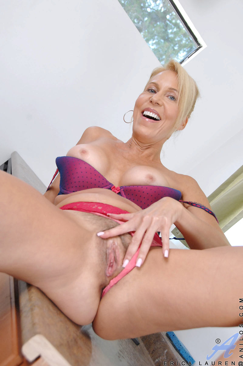 Play the pron hot movies online