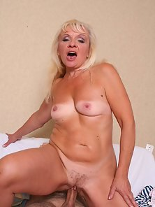 Blonde granny has not lost her sexual appetite