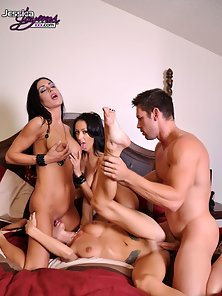Jessica Jaymes, Johnny Castle, Breanne Benson, and Randi Wright having hot foursome