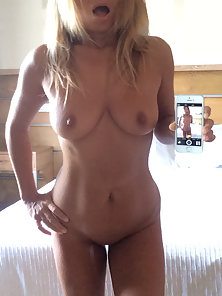 Nude selfie cute amateur in mirror