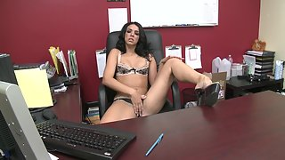Lingerie wearing beauty gets eaten out and banged in the office