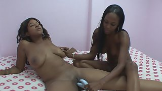 Black Skin Babes Pussy Rubbing and Teasing Activity Together