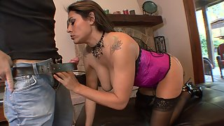 Phenomenal cougar in lingerie fucks like a pro