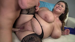 BBW slut enjoys rough pussy nailing