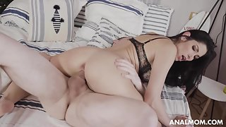 Stunning black haired chick gets creampied after hot anal fuck