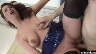 Impressive Brunette MILF with Big Tits Sucking a Big Dick in Threesome Sex