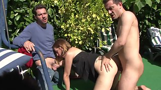 Naughty Interracial Couples Having Groupsex Together at Pool Side