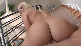 Amazing blonde Alexis Texas sucks and rams a hard dick
