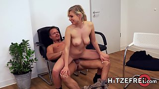 Doctor Gabi Gold gets fucked by her patient