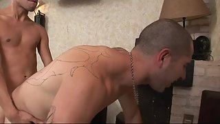 Inked stud amateur enjoys oral with twink bf before getting barebacked