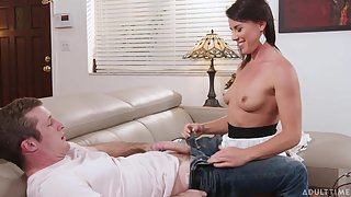Tasty slim stepmother gets plowed and facialized