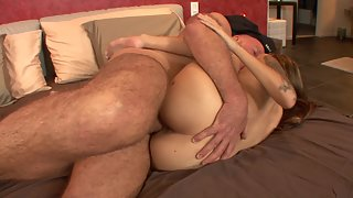 Tattooed daughter enjoys sex with bald stepdad